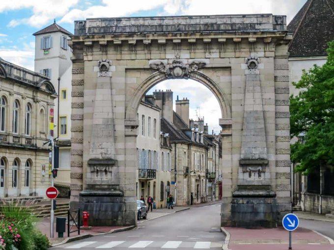 saint nicolas gate beaune