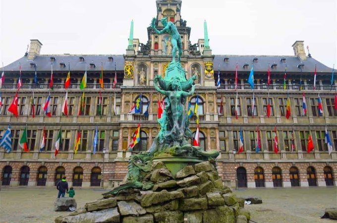 grote-markt-brussels-belgium-feature