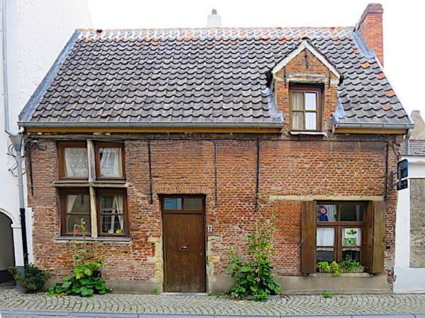 Another beguinage house in Mechelen