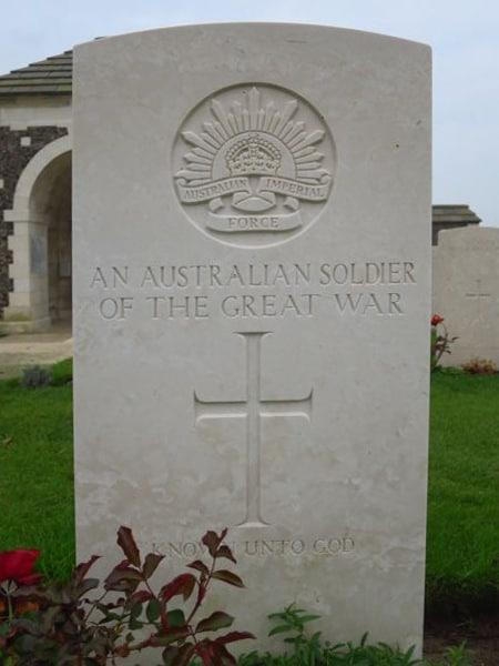Grave of an unknown Australian soldier at Tyne cot Cemetery