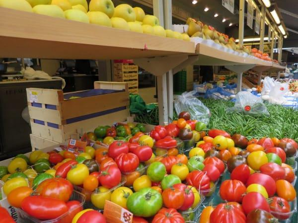 Fresh produce at Rue Montorgueill Paris