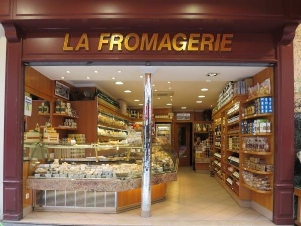 la Fromagerie Rue Montorgueill Paris