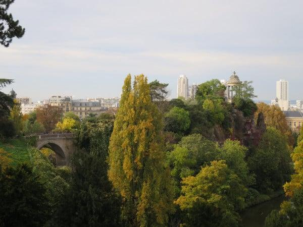 Parc des Butte Chaumont Paris - Unusual places in Paris