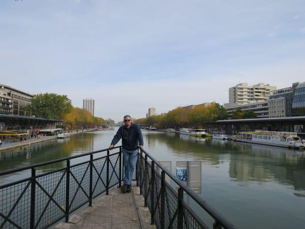 Standing at Place de Stalingrad at the point where the Bassin de la Villette is stopped by the double lock