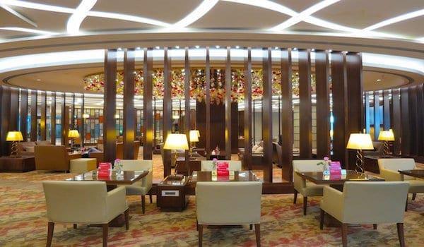 Emirates First Class Lounge Dubai