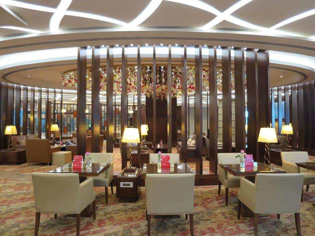 Bars- Emirates First Class Lounge Dubai