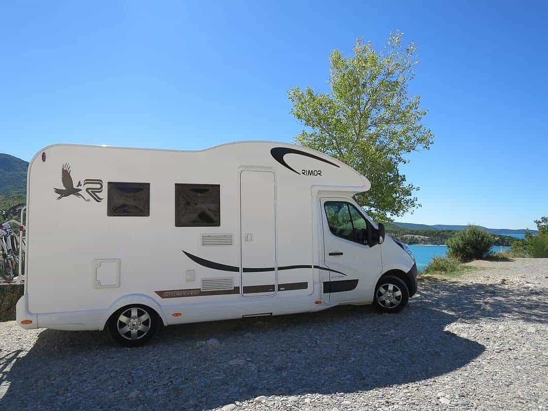The Motorhome-camper-campervan-RV