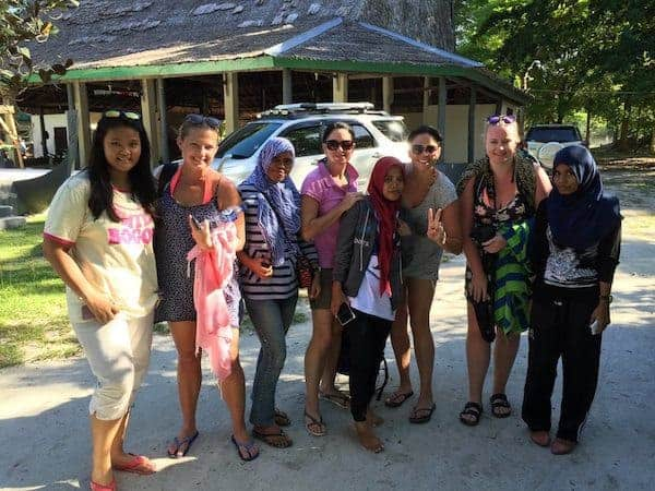 indonesian-locals-liang-beach-four-interesting-cities-in-indonesia