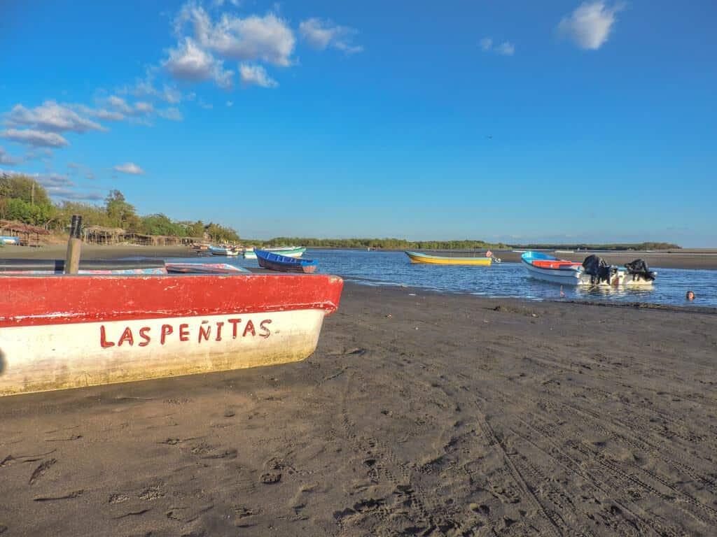 las-penitas-nicaragua-marina