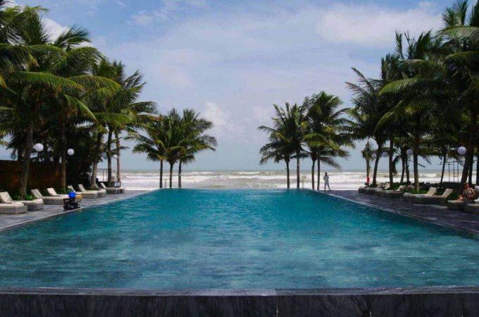 pool-on-oceanfront-fusion-maia-resort-danang