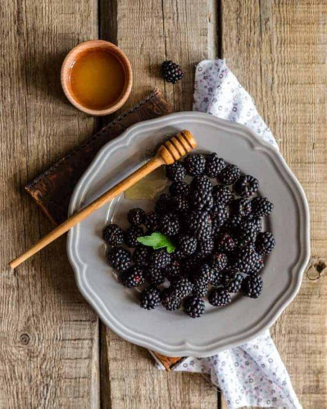 blackberry-street-food-photo-tips