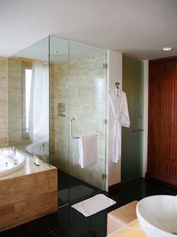 Shower in the Pullman Danang Junior Suite