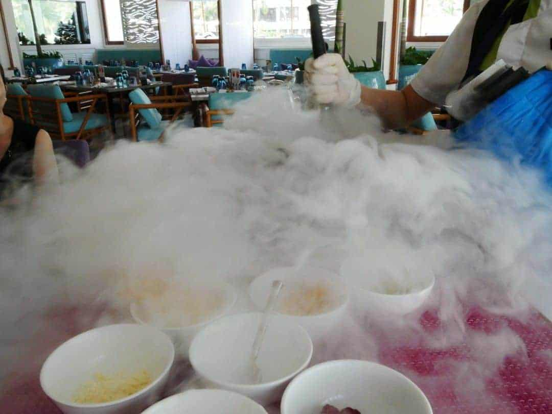 vapour-liquid-nitrogen-icecream