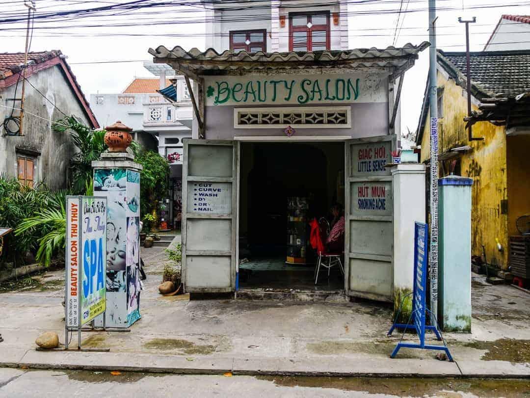 A local beauty salon in Hoi An