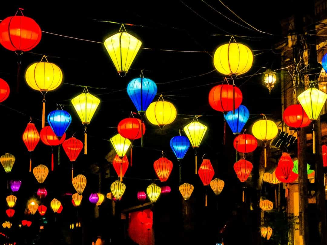 Hoi An night lanterns - complete list of what to do in Hoi An in 24 hours
