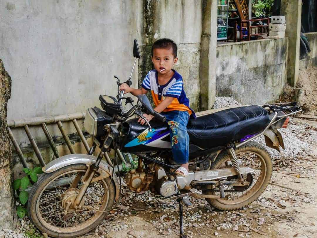 boy in Mai Chau