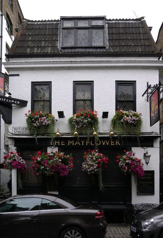 The Mayflower Historic Pubs of London tour