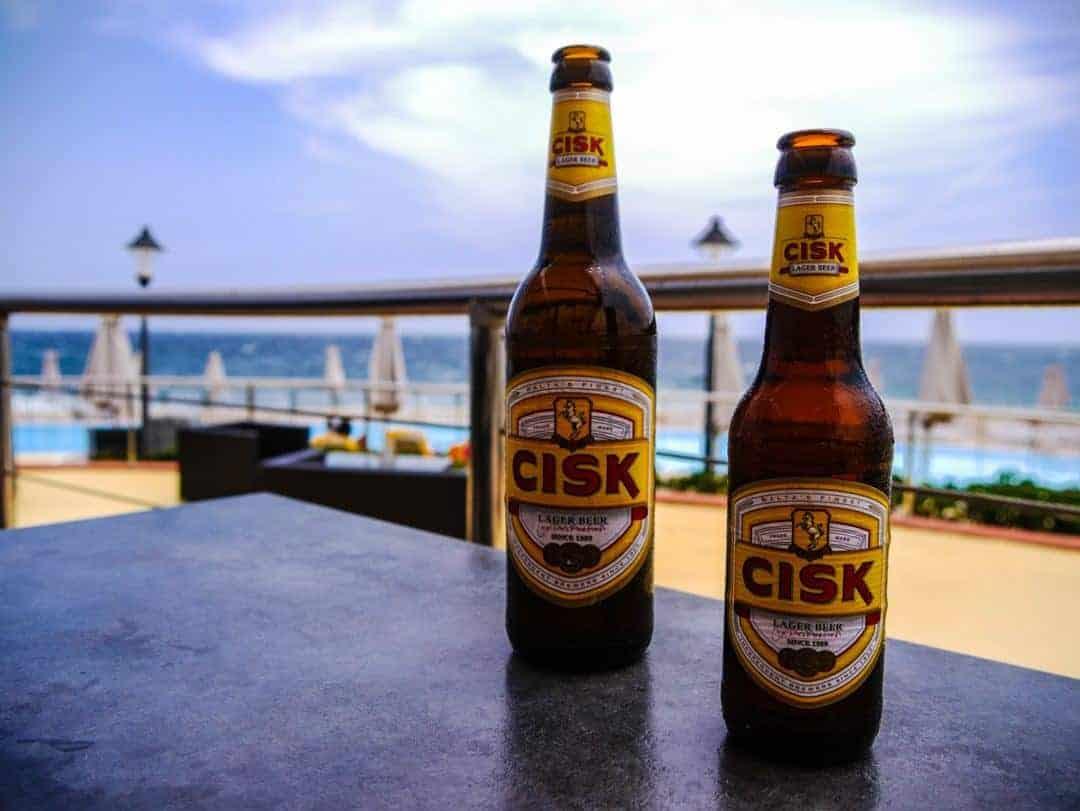 Merkanti Beach Bar Hilton Malta cisk beer