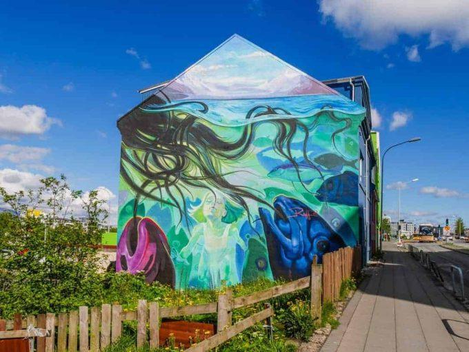 buildings painted in reykjavik