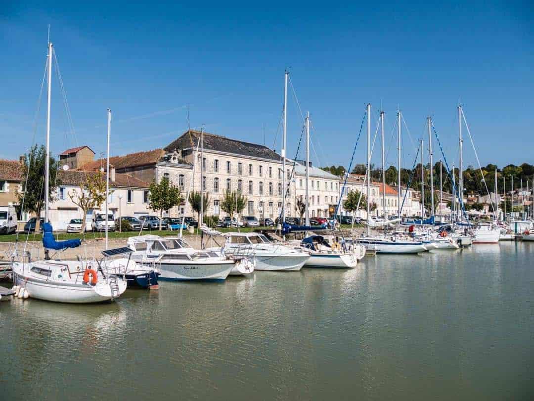Montagne-sur-Gironde marina
