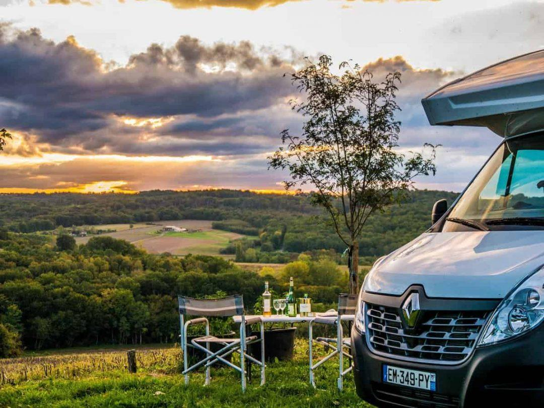 6 reasons for booking your campervan hire with France Motorhome Hire.