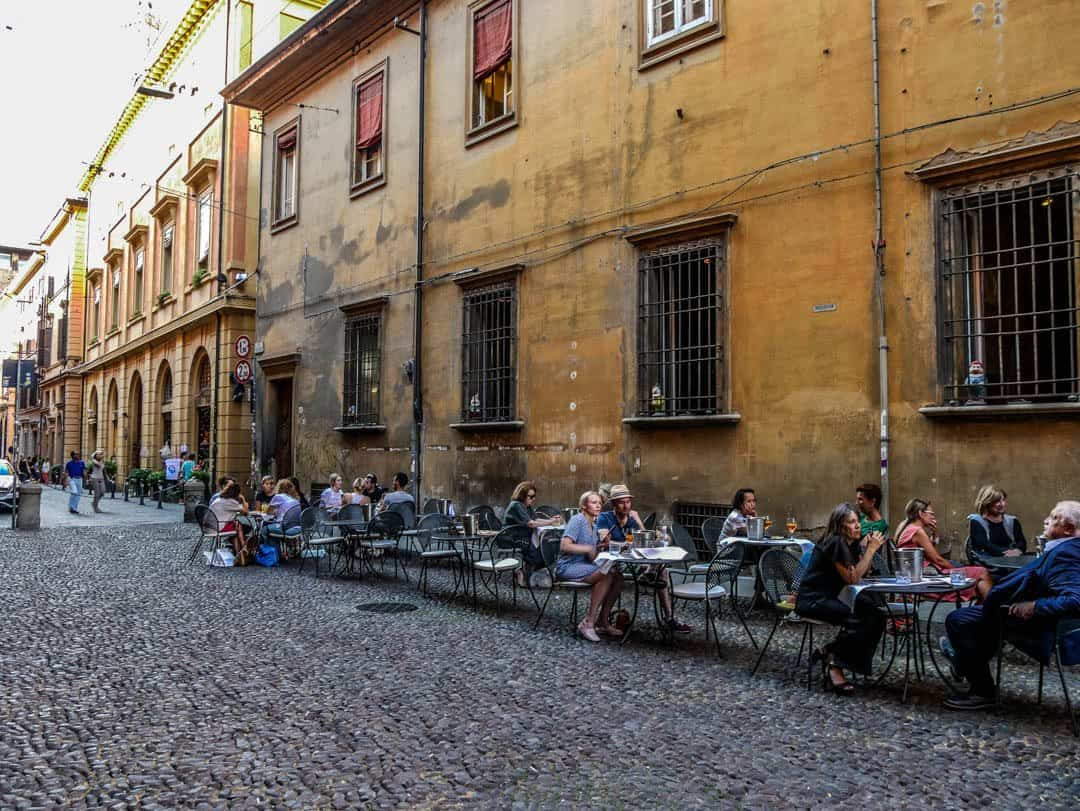 hanging out in bologna - best things to do in bologna