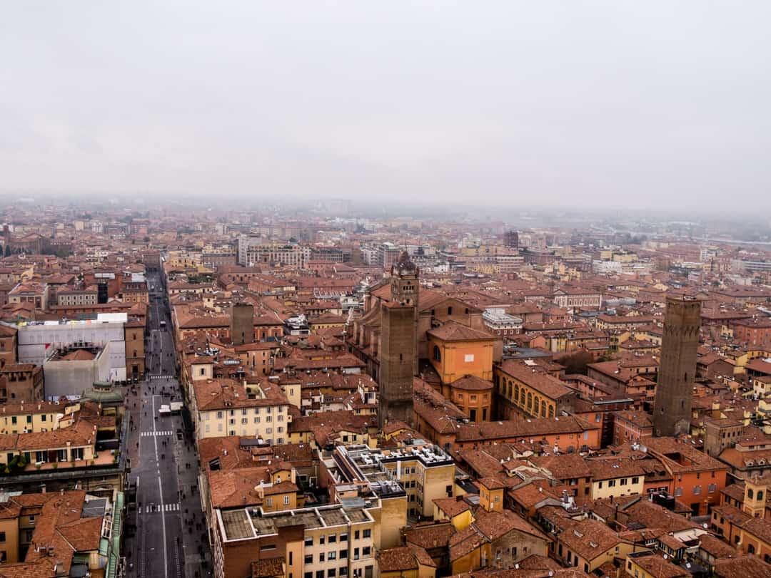 tower asinelli views