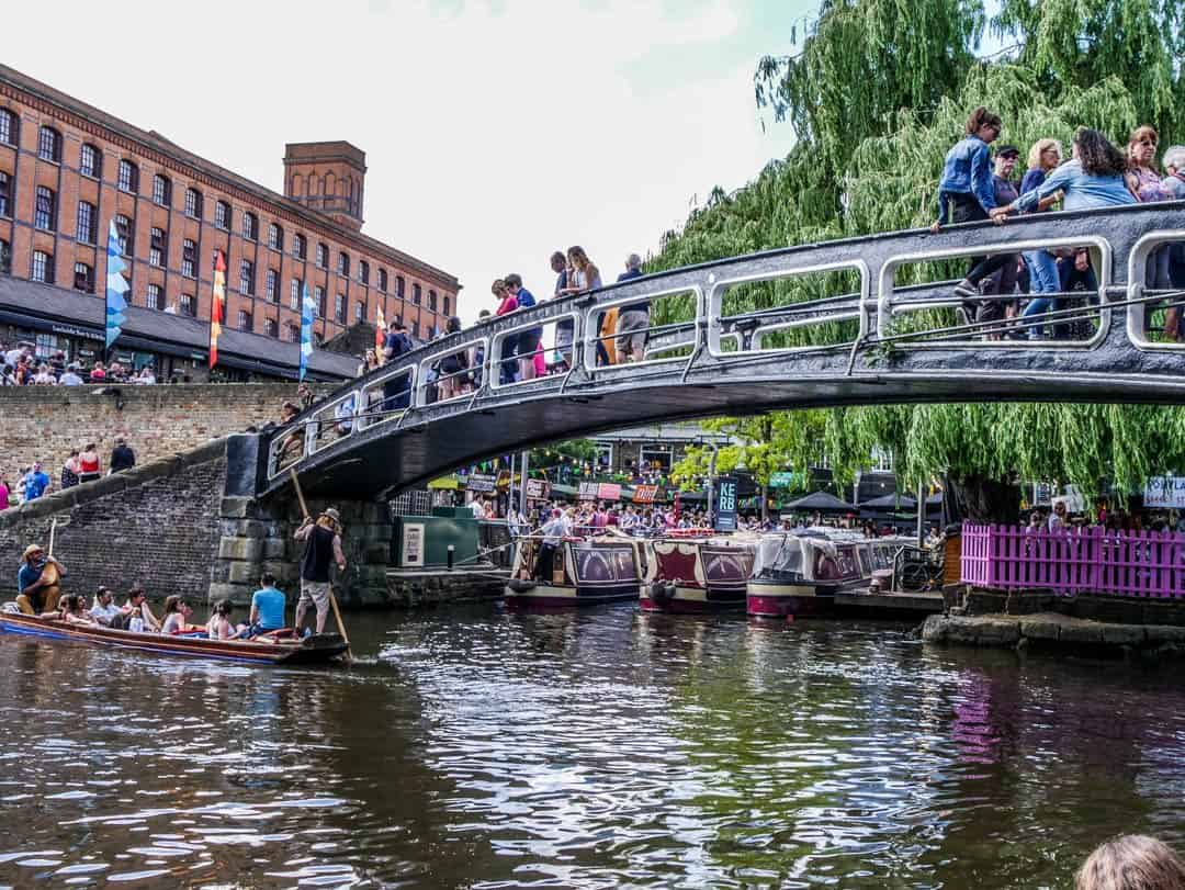 camden lock from little venice via regents canal boat cruise