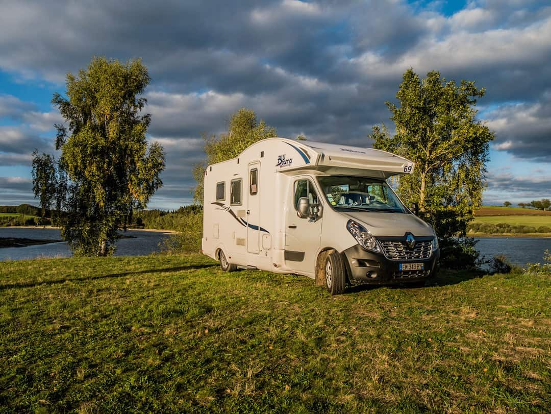 4 berth motorhome - hiring a campervan in France through France Motorhome Hire
