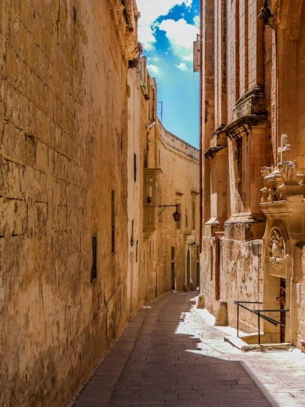 empty lanes of mdina