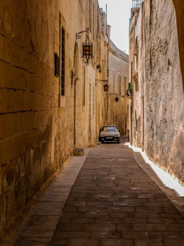 narrow lanes of mdina