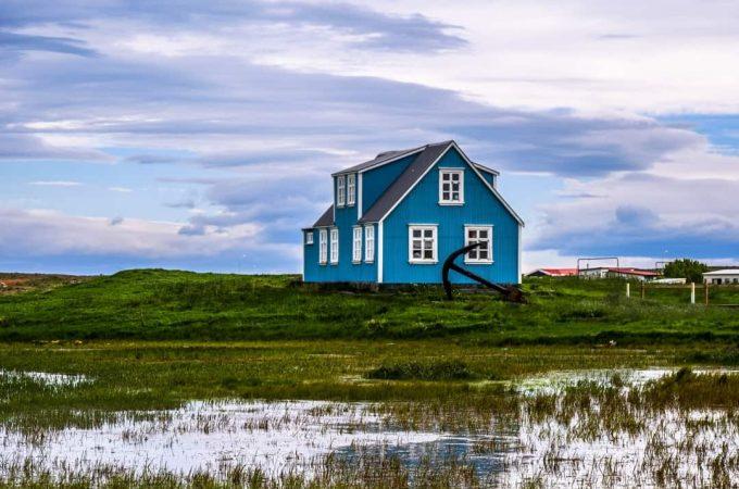 house in reykjanes peninsula