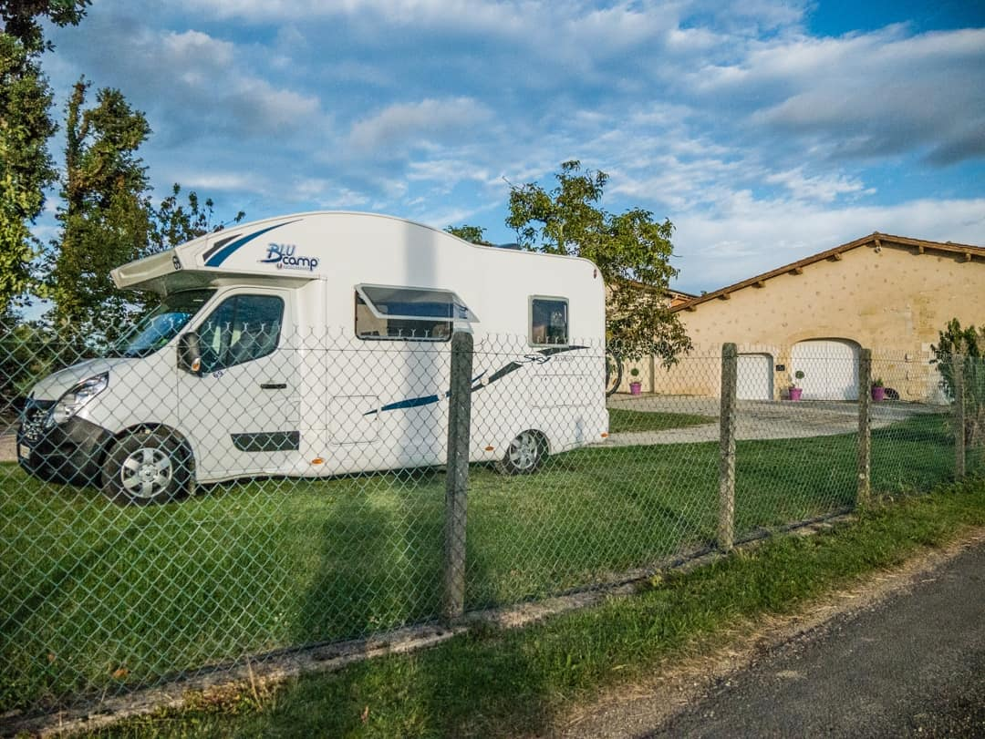 our park for the night in cambe bordeaux france passion - wild camping for motorhomes