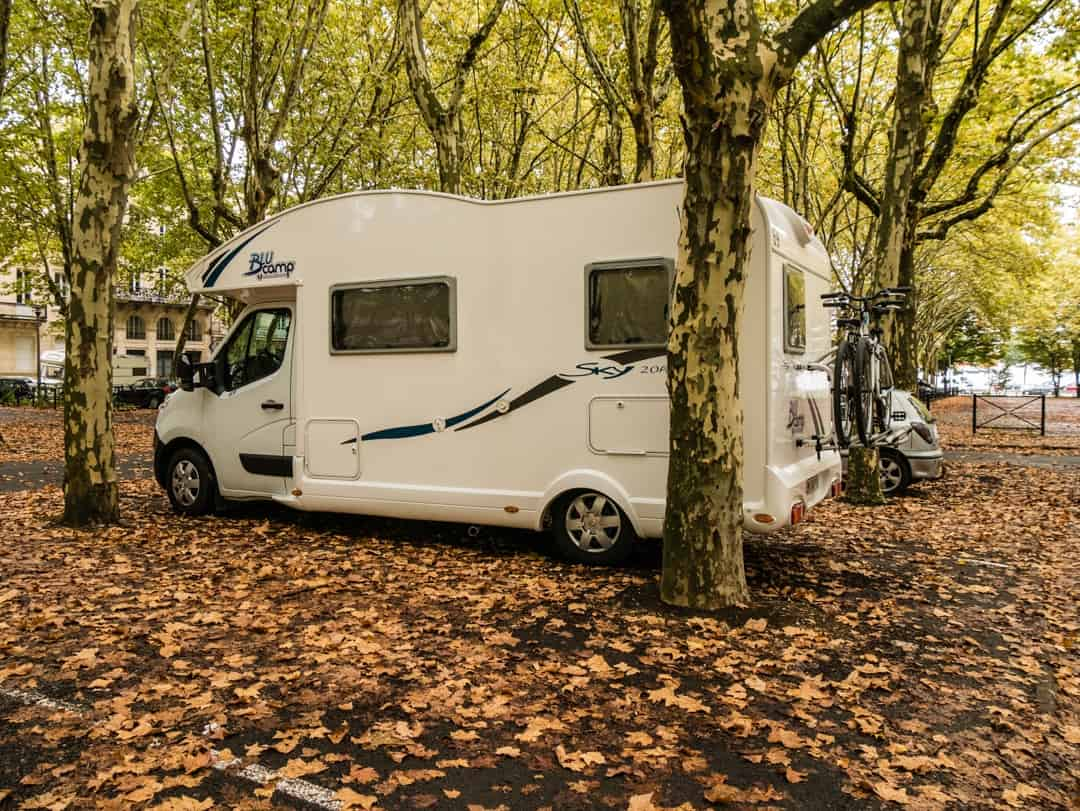 where can i park a motorhome in bordeaux