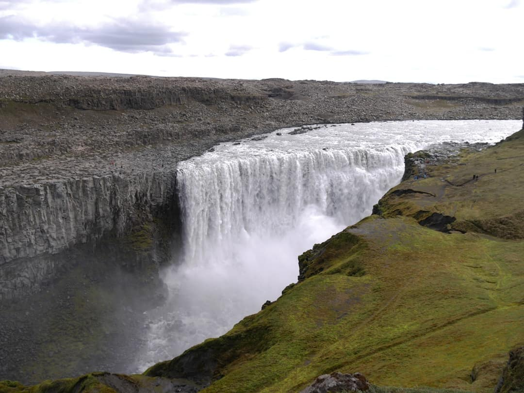 the falls of dettifoss
