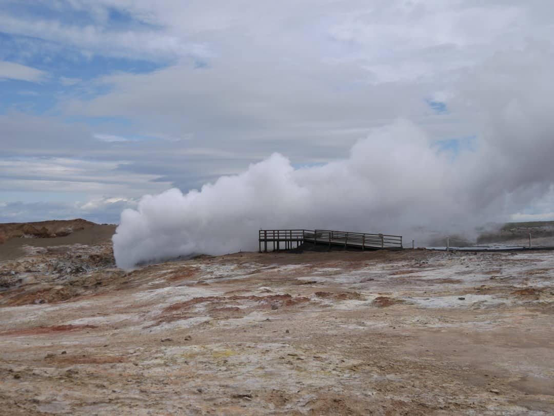 steam blowing over viewing deck
