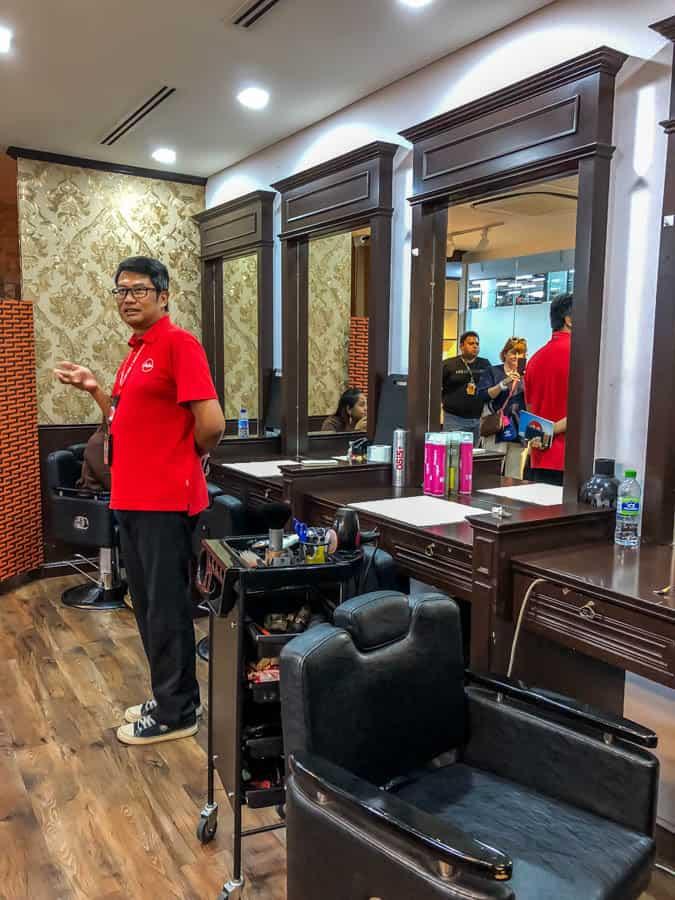 barber shop in airasia