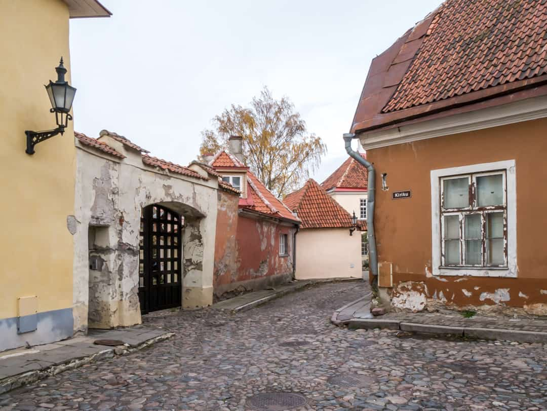 buildings toompea
