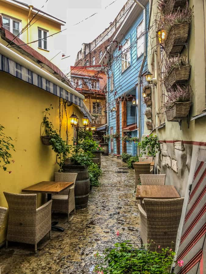 courtyard tallinn