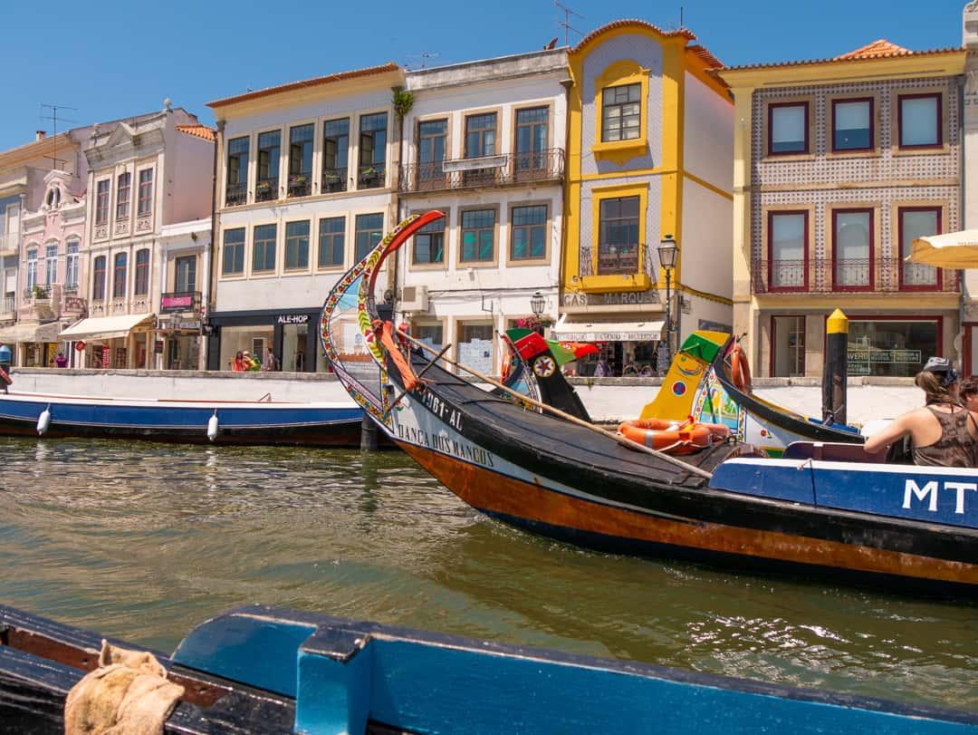 aveiro boats Lisbon to Porto drive