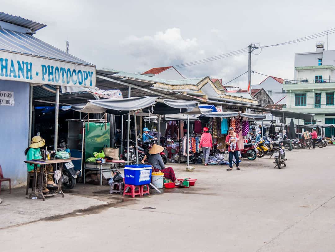 outside the nha trang market