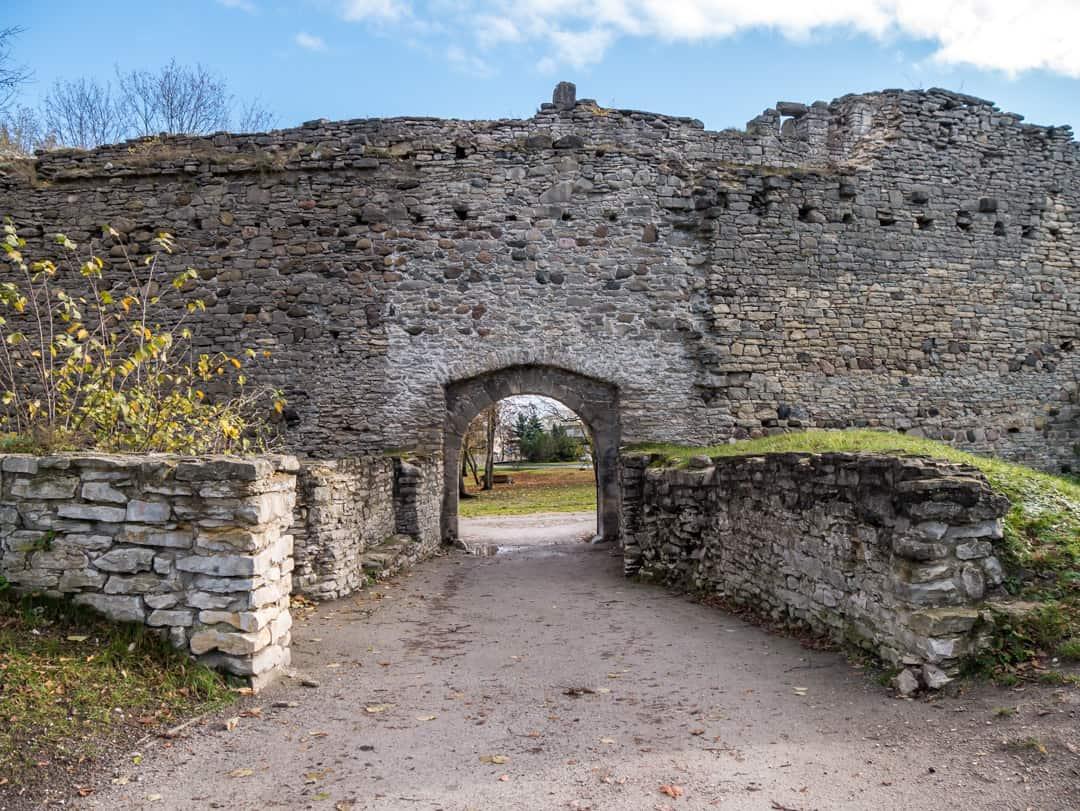 Haapsalu castle gate