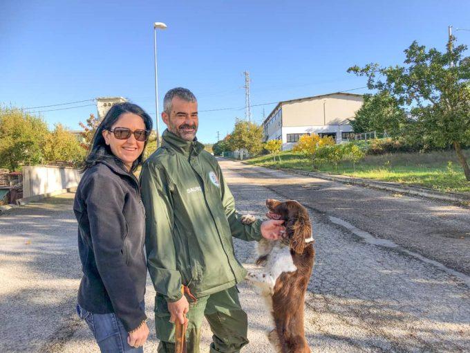kerri sauro and chico truffle hunting