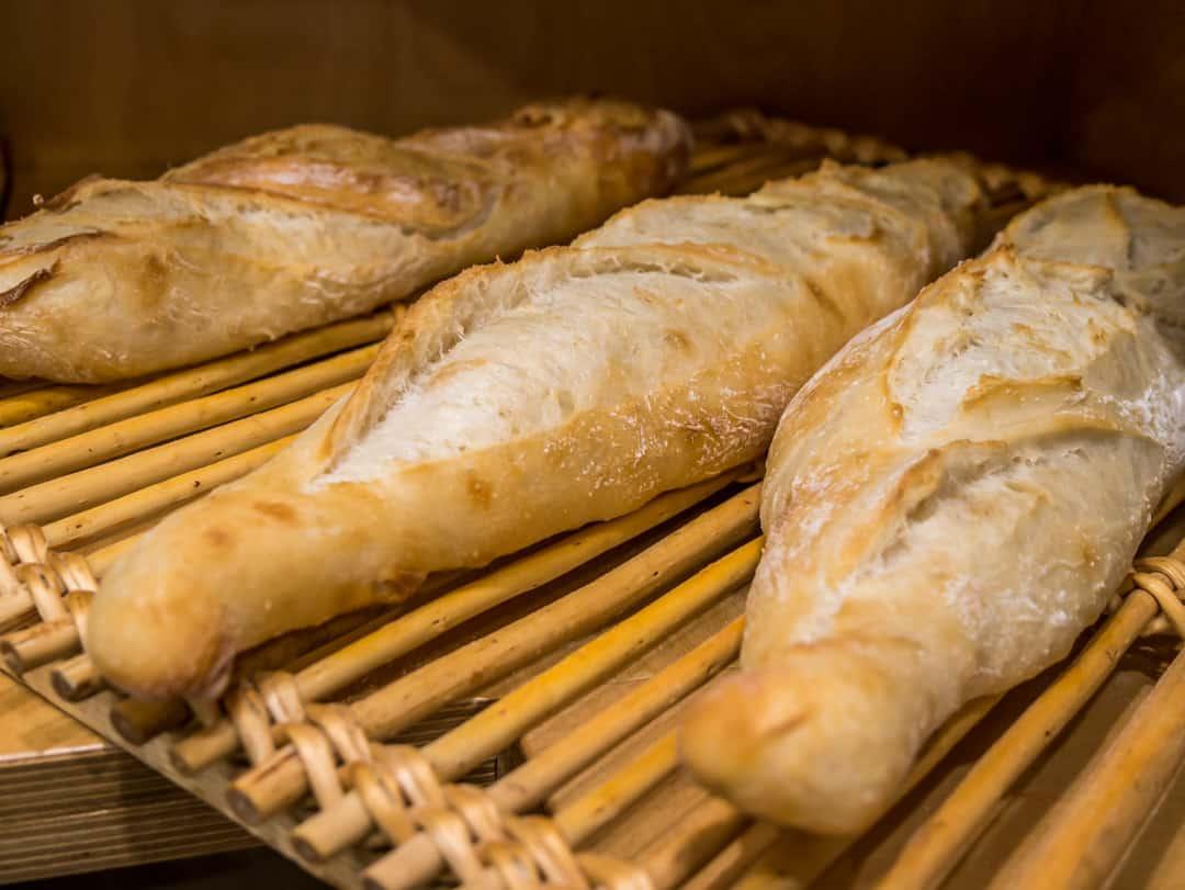 baguettes fresh