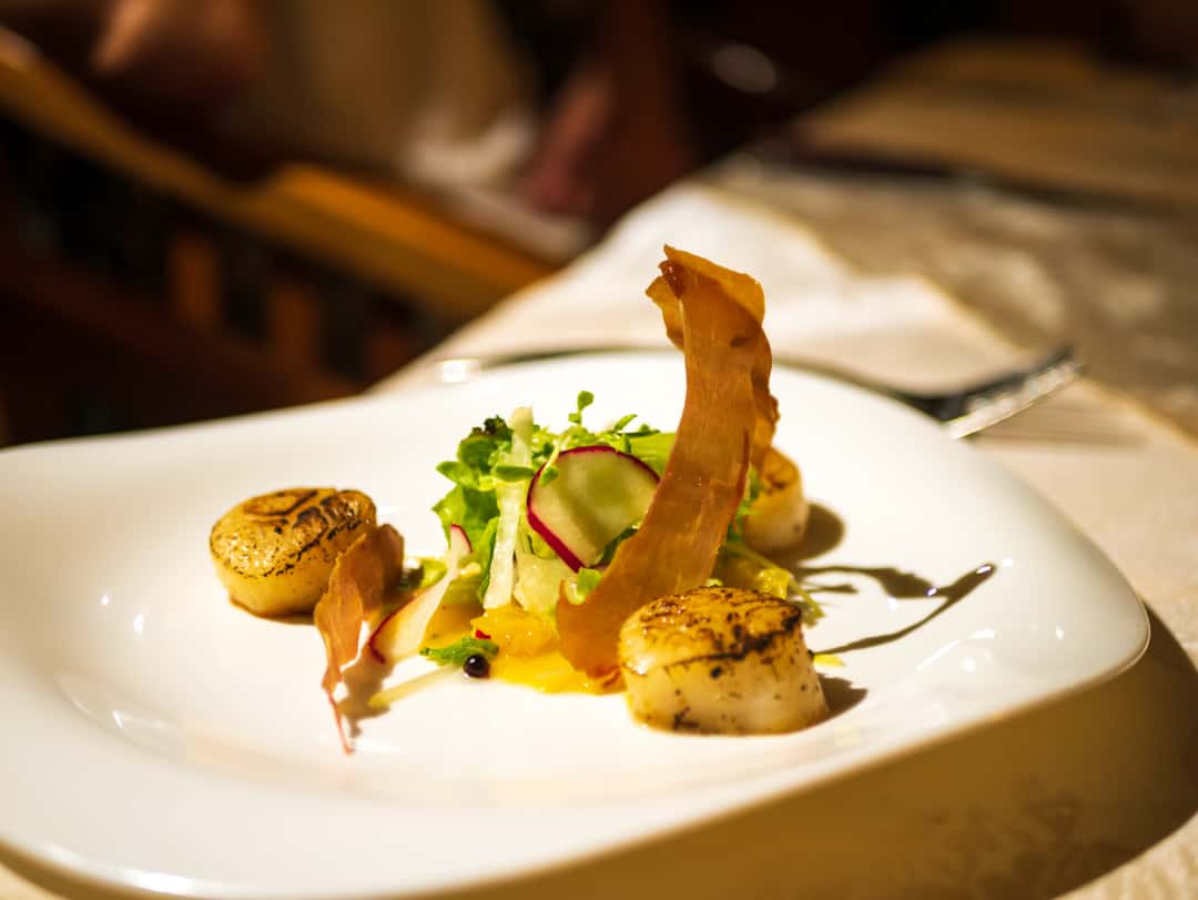 scallops and prosciutto salad with pumpkin puree