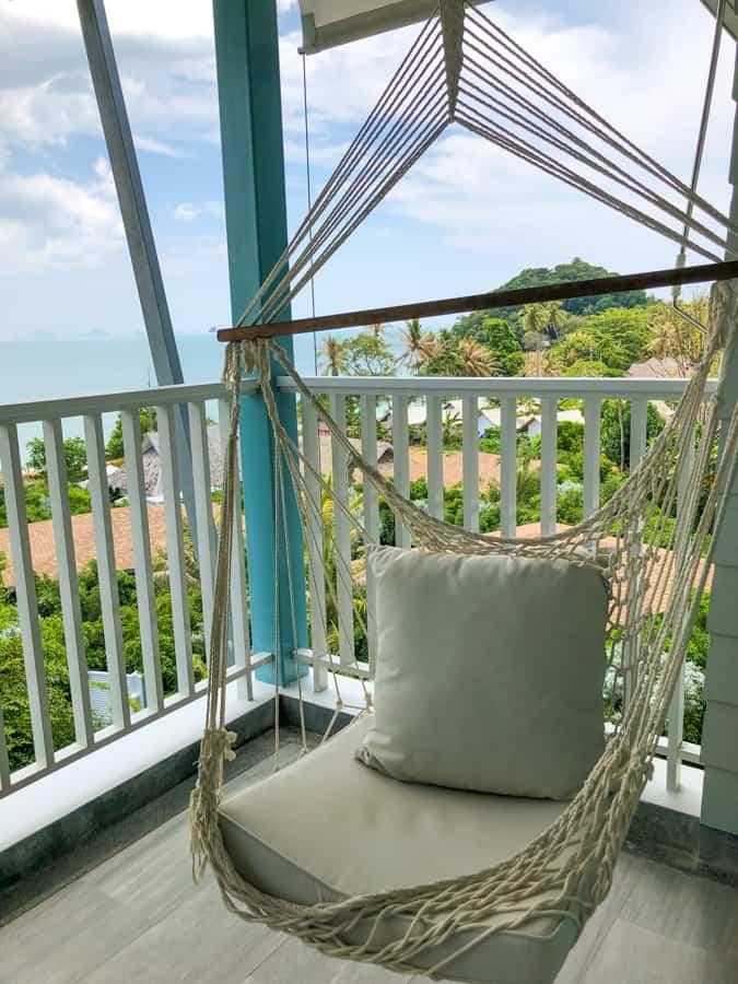 swing deluxe room