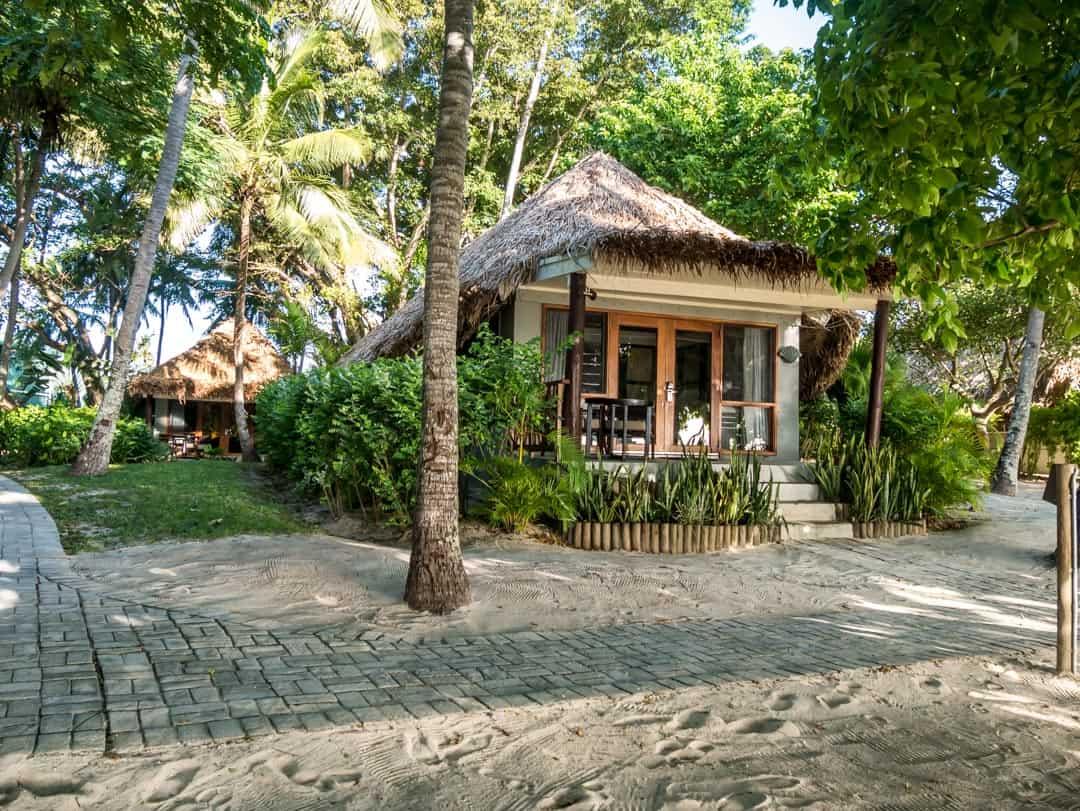 beachfront bure outrigger castaway island
