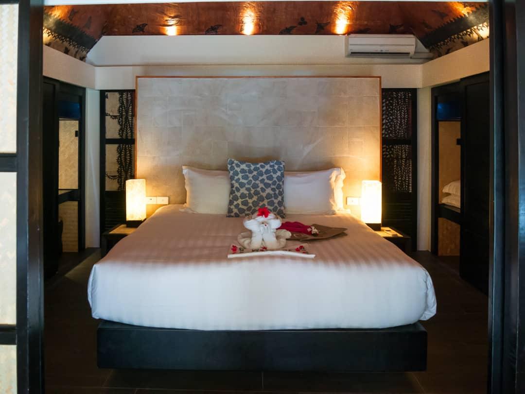 castaway island outrigger fiji bedroom
