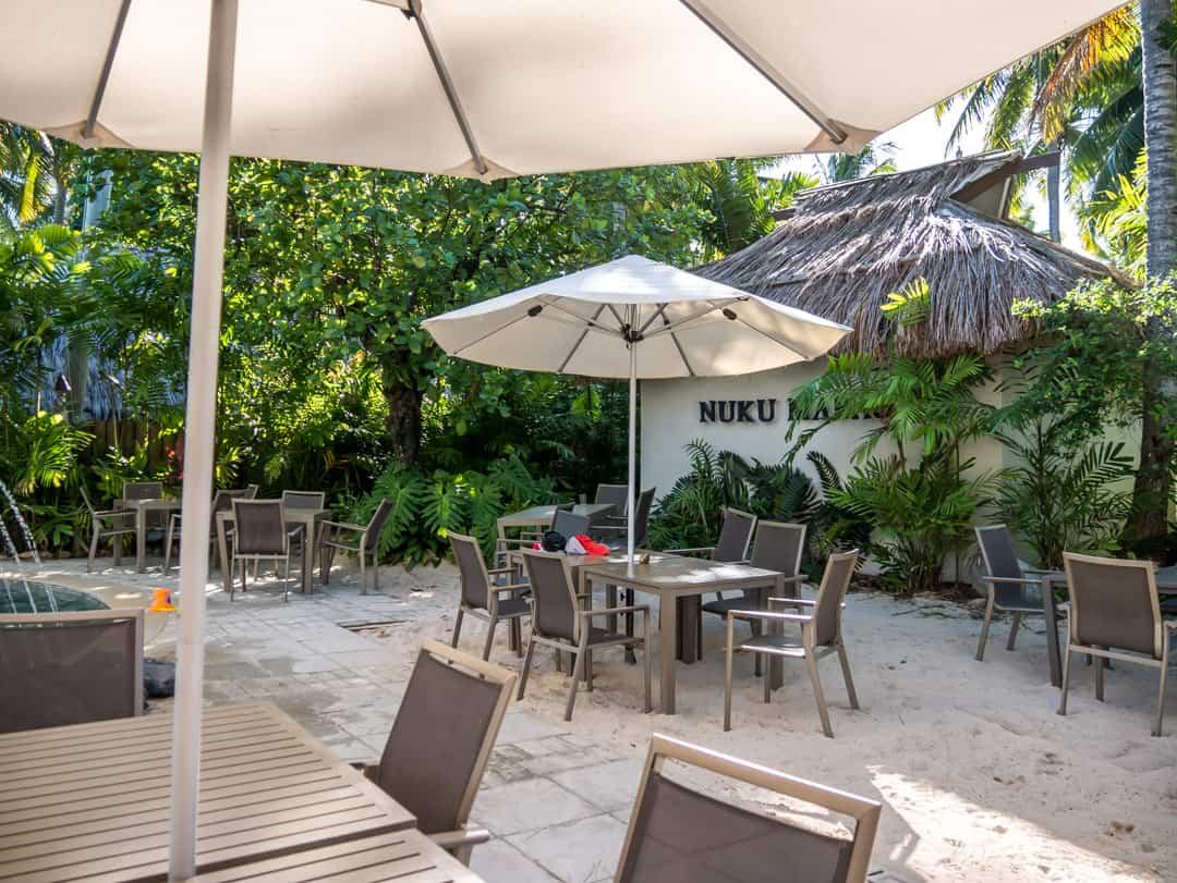 nuku marau by the pool