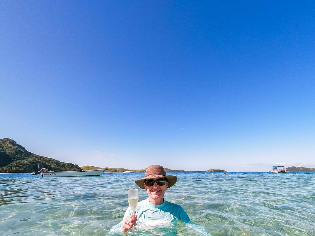 mondriki island swimming